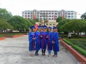 May lễ phục tốt nghiệp mầm non, đại học, Cao học