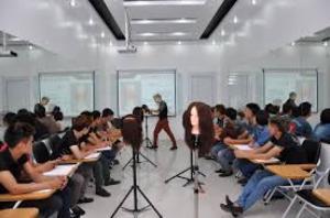 Dạy nghề tóc chất lượng hàng đầu tại Việt Nam