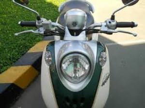 Yamaha Mio Classico màu trắng xanh xe đẹp máy êm nguyên zin