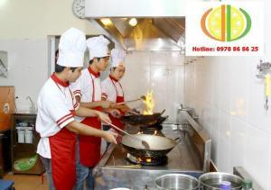 Tuyển sinh các lớp TC,CĐ, VB2 Nấu Ăn và Lớp...