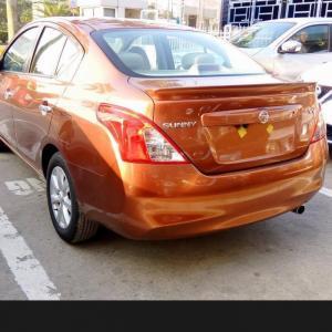 Bán gấp Nissan Sunny XV màu cam, 530tr