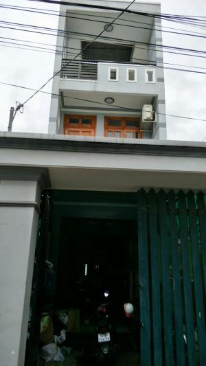 Chính chủ bán nhà riêng sổ hồng miễn trung gian tại phường Thạnh Lộc, quận 12