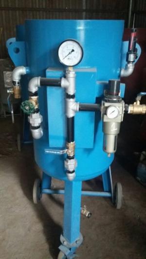 Máy phun cát khô DT-200 giải pháp làm sạch hiệu quả tối ưu