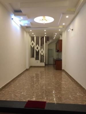 Bán nhà Nguyễn trãi-Thanh xuân-Hà nội(40m2-5 tầng-7PN-Tiện mở văn phòng).3.1 tỷ