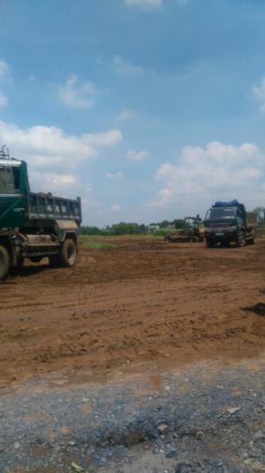 Bán gắp đất gần kcn cầu tràm giá 350tr/nền shr