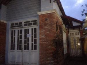 Nhà Đẹp Tôn Đản, Ngã Ba Huế, Trường Chinh