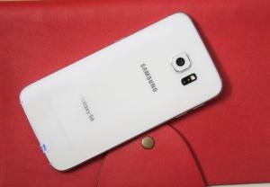 Samsung Galaxy S6 fullbox bản mỹ new 99% BH 06 tháng