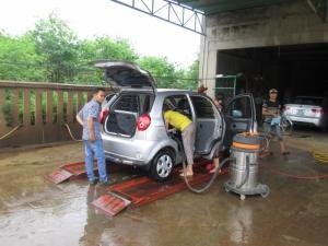 Địa chỉ bán cầu nâng 1 trụ rửa xe ô tô uy tín...