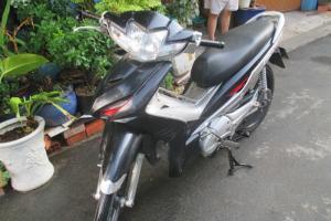 Xe Wave RSX 110cc phun xăng điện tử,màu đen bạc