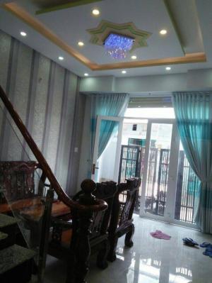 Bán nhà riêng, hxh, 2 lầu, 4 phòng ngủ, giá 2.2 tỷ, Huỳnh Tấn Phát, Nhà Bè