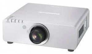 Máy chiếu công nghệ PT-DX820