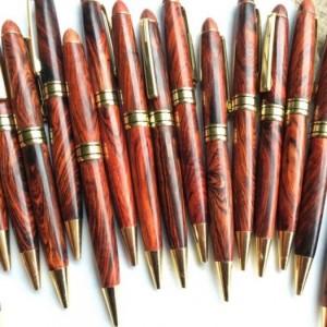 Cần bán bút gỗ sưa