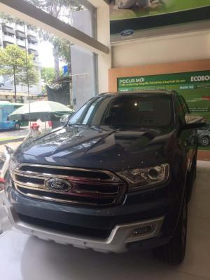 Ford Everest Titanium 2.2 - Ford Everest 2.2...