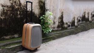 SoundMax M6 là dòng loa di động rất phù hợp với những chuyến đi chơi xa, dã ngoại, picnic… Với thiết kế gọn như một chiếc loa vali, sản phẩm này có thể làm thỏa mãn những đôi tai khó tính nhất.