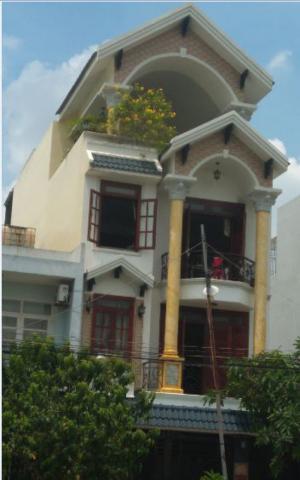 Nhà ngay khu vip chợ Bình Thành, 4x14m,1 trệt...