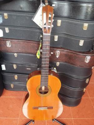 Asturias guitar sản xuất tại Nhật AST 30