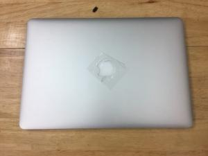 Macbook pro Retina 15inch MGXG2 i7 (2.8 GHz/ ram 16 /SSD 1000gb/ card 2gb )