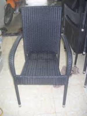 Công ty chúng tôi cần thanh lý gấp 20 bàn ghế cafe giá rẻ nhất