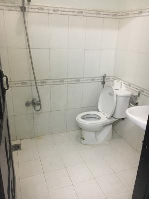 Cho thuê nhà 2 tầng đường Trương Hán Siêu, 3 phòng, 7Tr