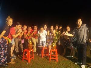 Du Lịch Mộc Châu- Mai Châu - Lễ hội hái mận