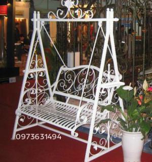 Ghế xích đu sắt rèn mỹ thuật cực đẹp và tinh...