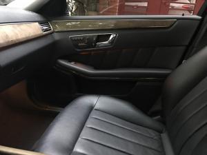 Chính chủ bán xe Mercedes E300 Model 2010