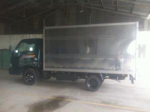 Bán xe tải K165S 2,3 tấn thùng kín, vách inox, có xe sẵn