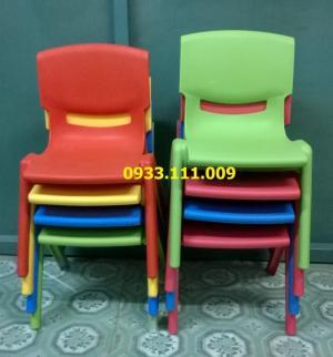 ghế nhựa cho bé mẫu giáo