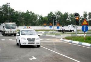 Học lái xe B2 rẻ nhất Hà Nội trọn gói chỉ 5.5...