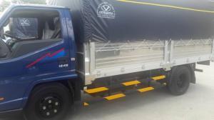 Hyundai IZ49 2,4 tấn thùng kín - Giao xe nhanh nhất miền Nam