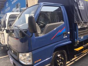 Hyundai IZ49 2,4 tấn thùng mui bạt - Giao xe nhanh nhất miền Nam