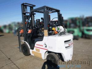 Xe nâng xăng - gas Nissan NP1F2A25D 2011, xe...