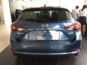 Sở hữu ngay Mazda 3 hatchback - 2017 chỉ với 220tr. Có xe giao ngay.