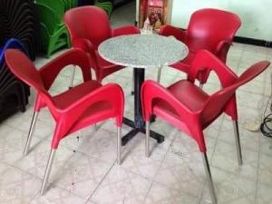 Bàn ghế ghế nhựa giá rẻ