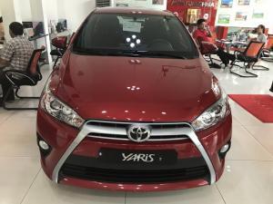 Toyota Yaris 1.5G màu đỏ, giao ngay, tặng bảo...