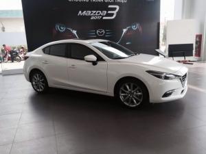 Gía xe Mazda 3 facelift 2.0 màu trắng phiên bảng mới 2017-ưu đãi giá tốt nhất tại Đồng Nai-hỗ trợ vay 85%-có xe giao ngay