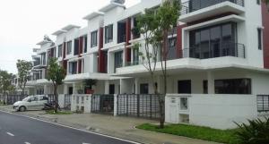 Bán nhà mặt phố, khu đô thị Bình Hòa, gần tỉnh lộ 43