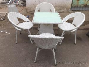 Sản xuất bàn ghế nhựa giả mây đẹp