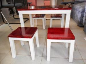 Bàn ghế nhựa giả mây,bàn ghế gỗ sắt các loại...