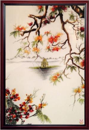 Tranh thêu tay cao cấp Hồ Gươm Hoa Phượng, kích thước 45cm * 52cm