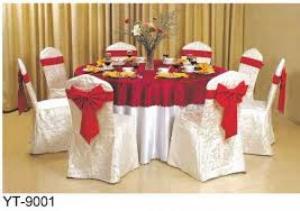 Em cần thanh lý gấp bàn ghế nhà tiệc cưới giá cực rẻ .