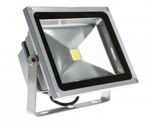 Đèn pha 20w dùng điện 12v cho tàu cá