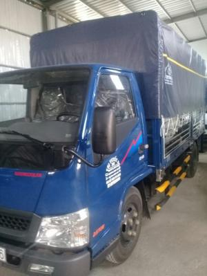 IZ49 động cơ Isuzu, chassi cabin nhập khẩu Hyundai Hàn Quốc. 2,4 tấn thùng dài 4,2 m.