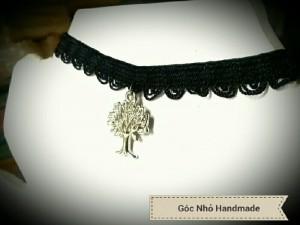 Đồ trang sức handmade.