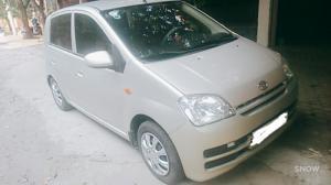 Cần bán xe ô tô Daihatsu Charade đời 2007, nhập khẩu từ Nhật, số tự động.