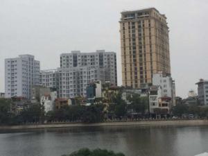 Bán Chung Cư Tái Định Cư Hoàng Cầu. Giá từ 27 – 33 tr/m2.