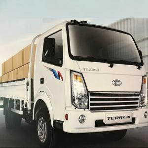 Xe tải tera 230 tải trọng 2.3 tấn mới nhất...