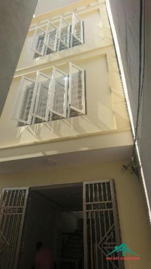 Bán nhà 4 tầng ngõ 333 Văn Cao,DT 45m(4*11,5) ngõ trước cửa 2m,hướng Bắc, giá 1.45 tỷ