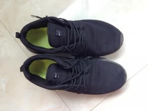 Cần bán giày mới mua hàng sfake new 100%