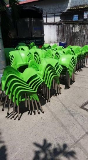 Cần thanh lý bàn ghế như hình giá rẻ hàng xuất khẩu nha , hàng bao đẹp